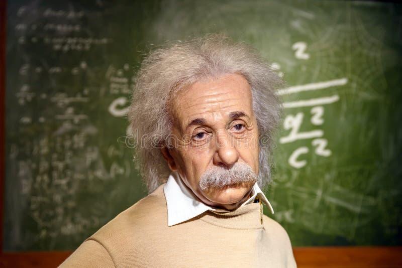 在杜莎夫人蜡象馆蜡博物馆的阿尔伯特・爱因斯坦小雕象 库存图片