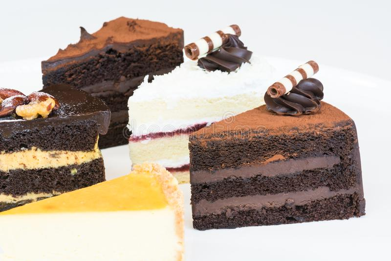 在板材的蛋糕切片 库存照片