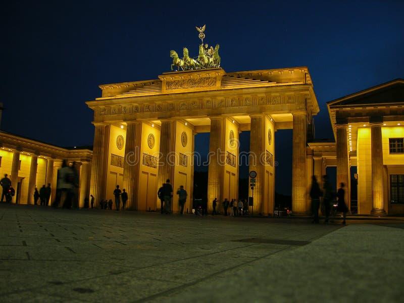 在柏林Brandenburger突岩- Brandeburg门的历史建筑 免版税库存图片