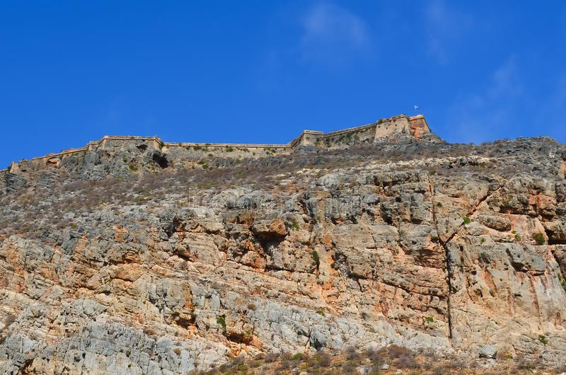 在格拉姆武萨群岛海岛上的老威尼斯式堡垒在地中海 免版税库存照片