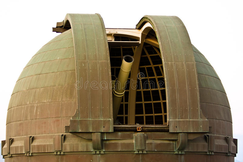 在格里菲斯观测所的望远镜L.A.的。 免版税库存照片