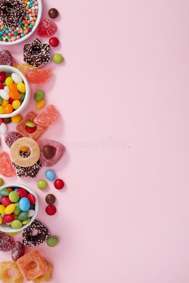 在桃红色的色的糖果 免版税库存图片
