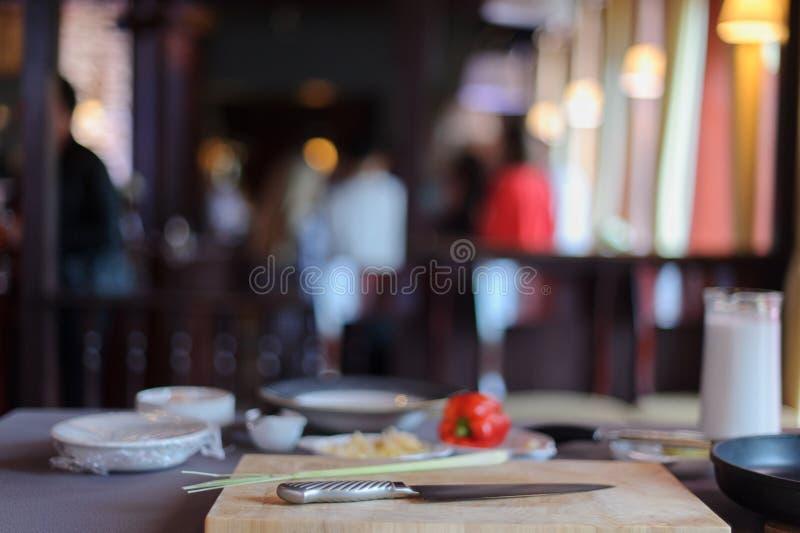 在桌上的汤成份 库存照片