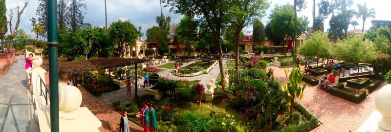 在梦想庭院的全景在加德满都 免版税库存图片