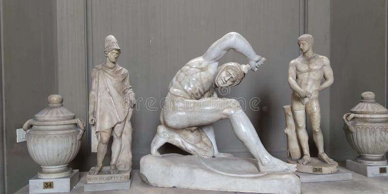 在梵蒂冈博物馆,罗马,意大利的罗马雕象 库存照片