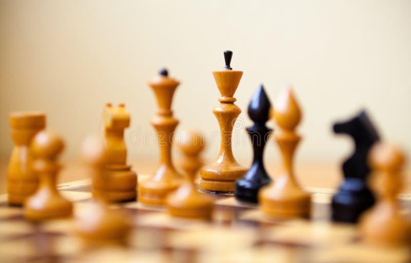 在棋枰的棋子 免版税库存照片