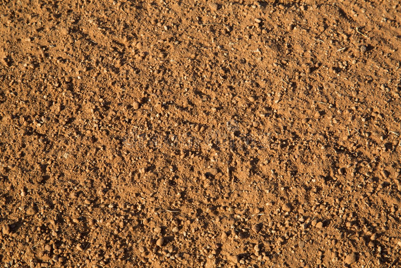 在棒球实践领域研的红色土壤 免版税图库摄影