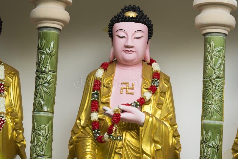 在槟城极乐寺寺庙,空气Itam,槟榔岛,马来西亚的菩萨雕象 免版税库存图片