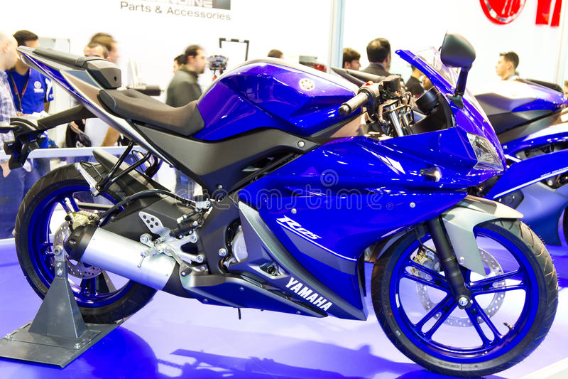 Download 欧亚大陆Moto自行车商展2013年 编辑类库存图片. 图片 包括有 体育运动, 快速, 技术, 循环, 马达 - 30327354