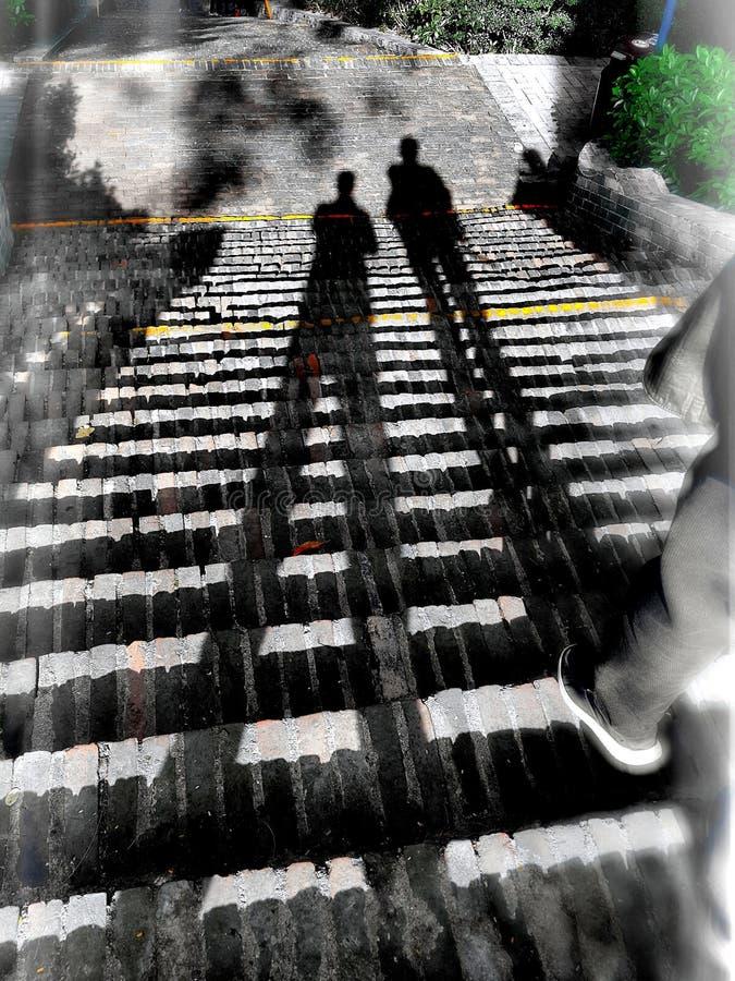 在步的鬼的阴影 免版税图库摄影