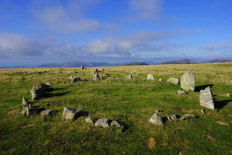 在比利牛斯山的巨石碑 免版税库存图片