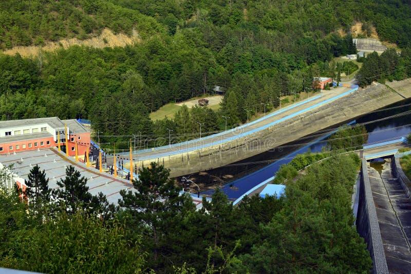 在水坝Dalesice的抽水蓄能水力发电站 免版税库存照片