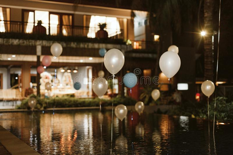 在水池的Baloon 免版税图库摄影