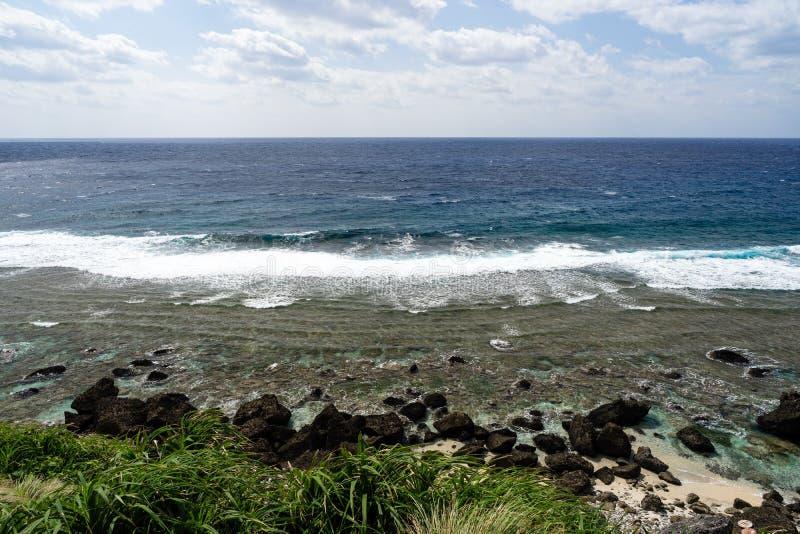 在水的天际在巴丹群岛省-菲律宾 库存照片
