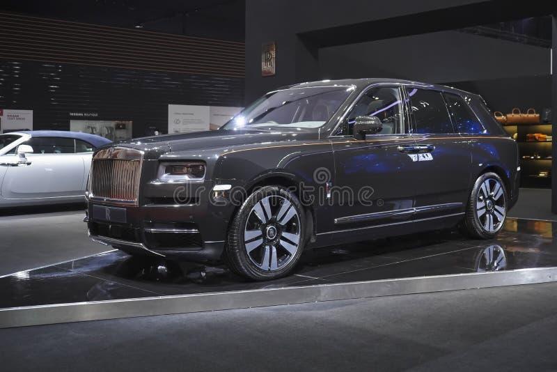 在汽车展示会的劳斯莱斯新的卡利南豪华汽车2019年 免版税图库摄影