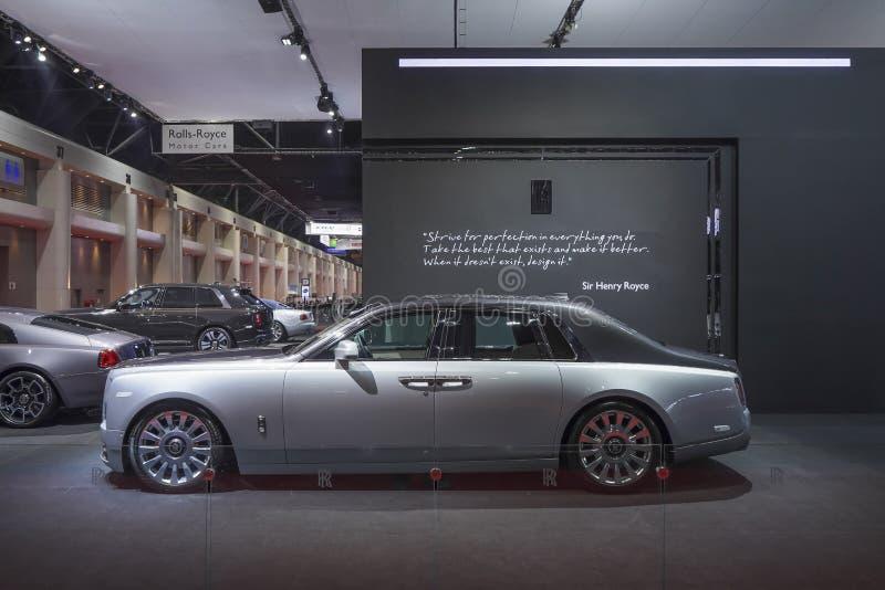 在汽车展示会的劳斯莱斯新的幽灵豪华汽车2019年 图库摄影