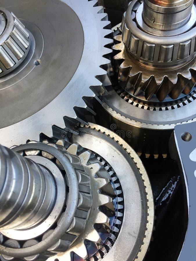 在汽车的零件的嵌齿轮系统 免版税图库摄影