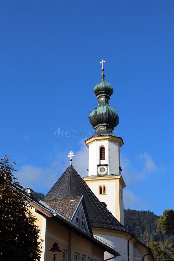 在沃尔夫冈湖的教会圣Gilgen在奥地利 免版税图库摄影