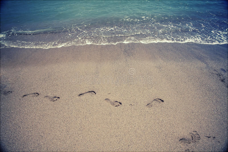 在沙子的脚步 库存图片