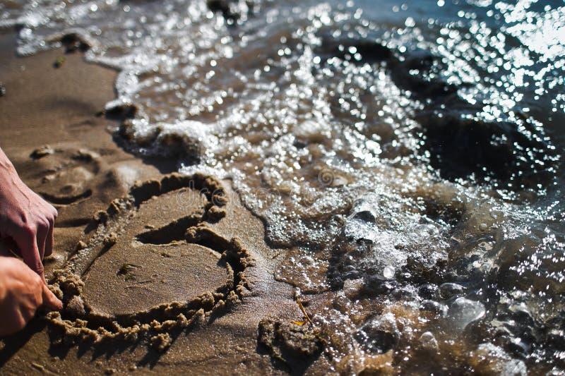 在沙子的重点 库存照片