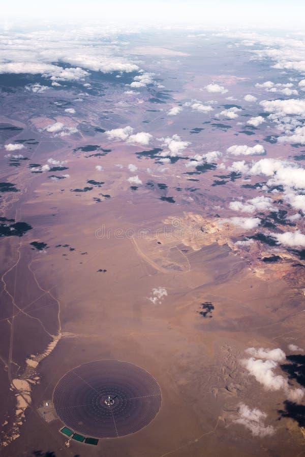 在沙漠的云彩从天空 库存照片