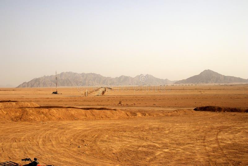 在沙漠的令人惊讶的看法在埃及 免版税库存图片