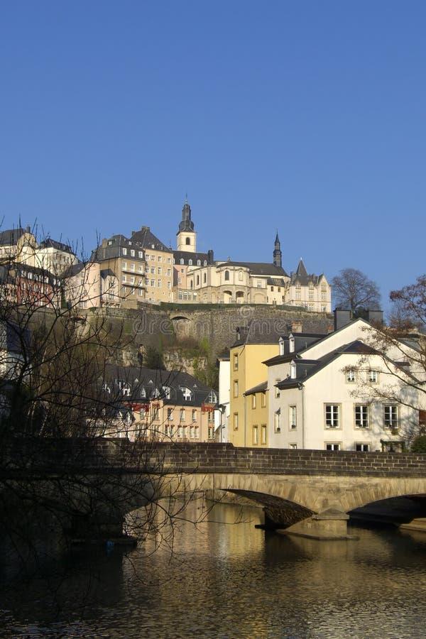 在河的桥梁卢森堡 免版税库存图片