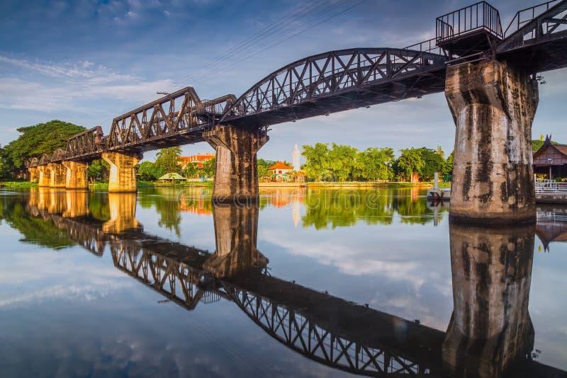 在河kwai的死亡铁路桥 免版税库存照片
