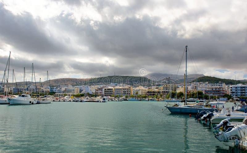 在Rethymno的云彩。 免版税库存照片