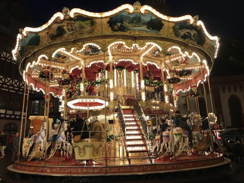在法兰克福圣诞节市场的旋转木马 免版税图库摄影