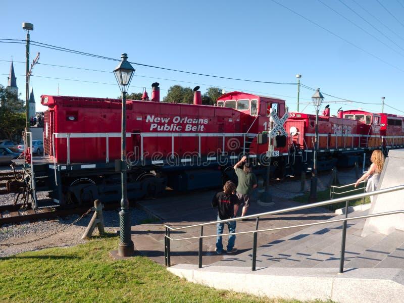 在法国区的新奥尔良公开传送带机车 库存图片