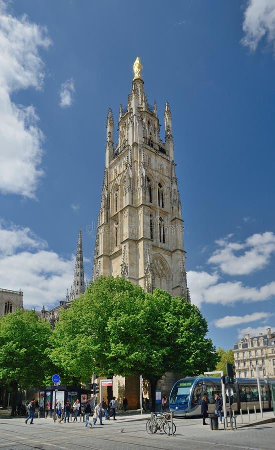 在法国城市红葡萄酒游览Pey Berland 免版税图库摄影