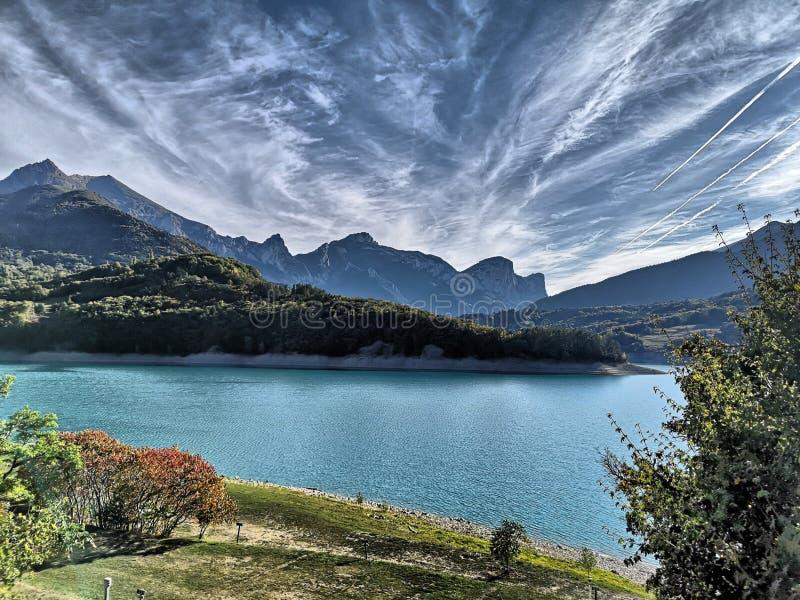 在法国阿尔卑斯的庄严云彩 免版税库存照片
