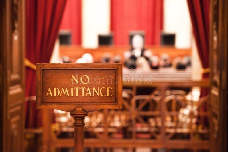 在法庭审讯的没有入场许可标志 免版税库存图片