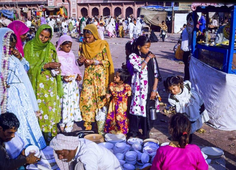 在法泰赫普尔西克里Eid节日的回教家庭在印度 免版税库存照片