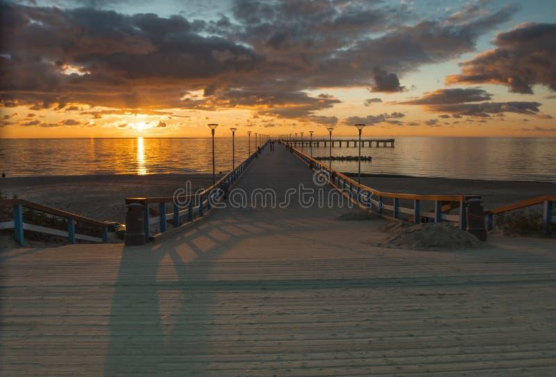 在波罗的海,帕兰加的日落 免版税库存图片