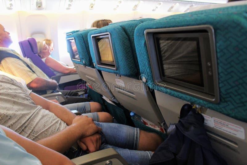 在波音777-200客舱  飞行安塔利亚-莫斯科在2017年7月 库存照片