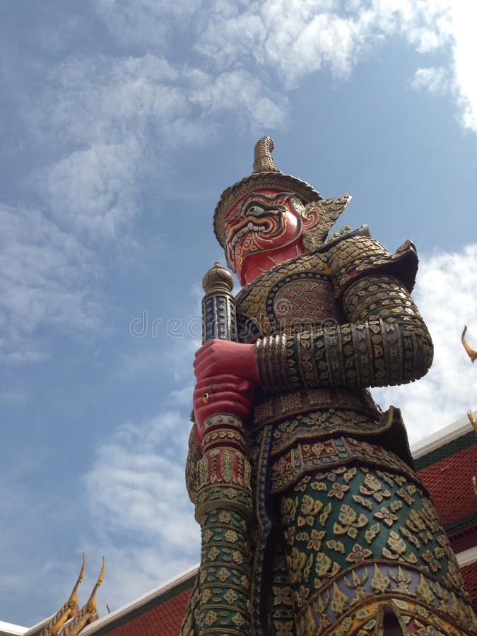 在泰国寺庙的大雕象 免版税库存图片