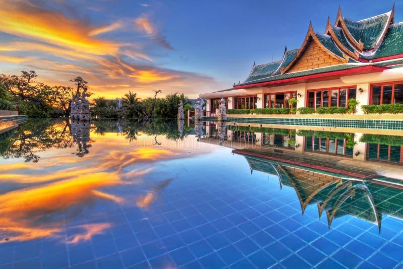 在泰国的东方风景的日落.