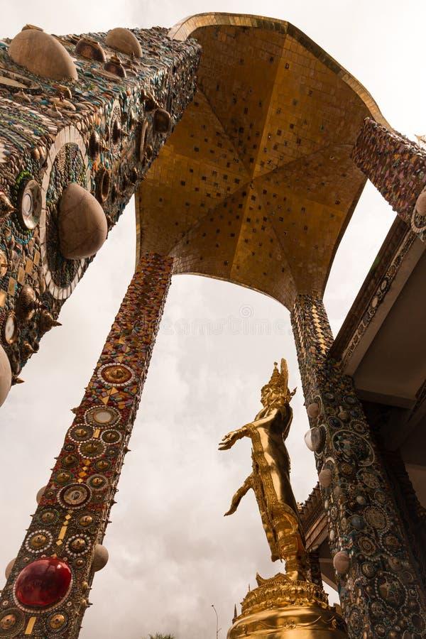 在泰国的寺庙的菩萨图象 免版税库存图片