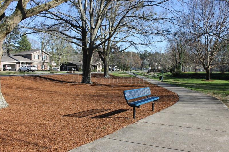 在洛克伍德公园的长凳多尔顿的, GA 免版税库存图片