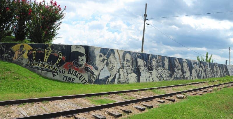 在海伦娜堤坝步行,海伦娜阿肯色的地方音乐传奇壁画 免版税库存图片