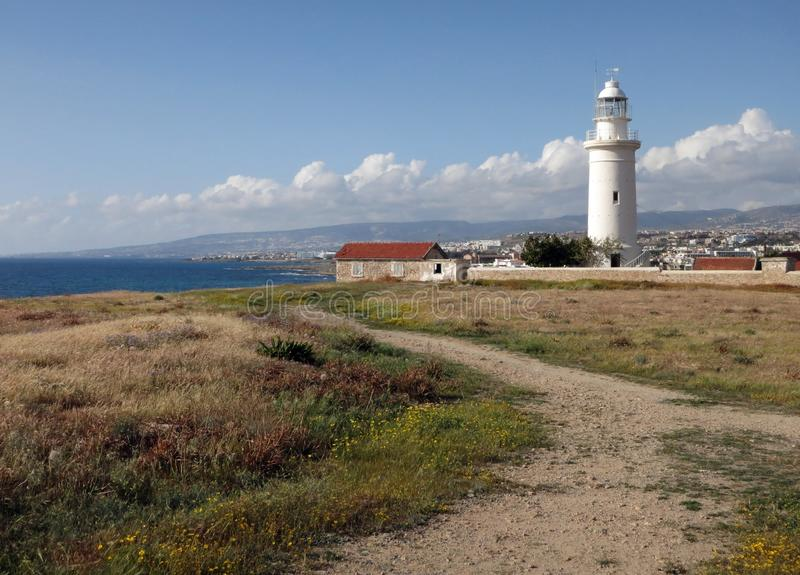 在海岛上的帕福斯灯塔塞浦路斯的 免版税库存图片