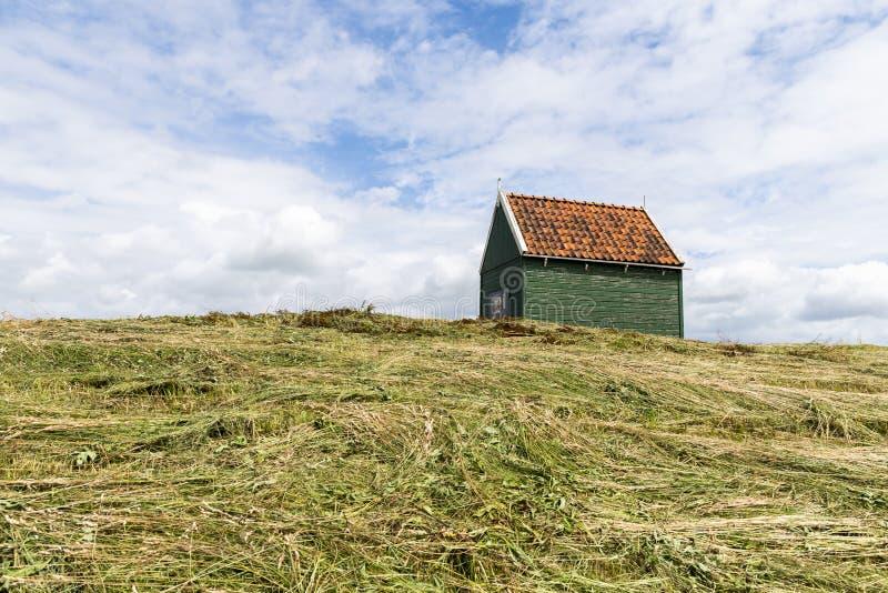 在海岛斯霍克兰上的小屋 图库摄影