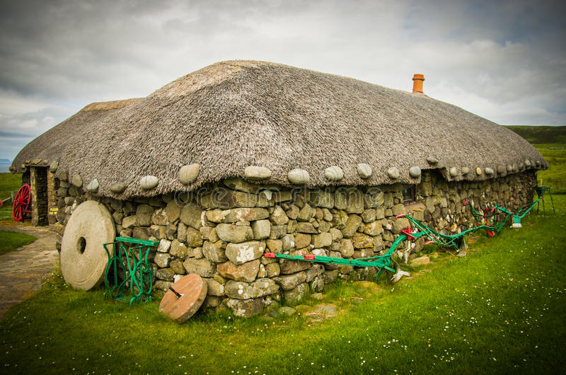 在海岛生活斯凯岛博物馆的一个盖的村庄在斯凯岛小岛的在苏格兰 免版税图库摄影
