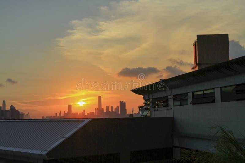 在海岛hk东部看法的一条香港地平线  库存照片