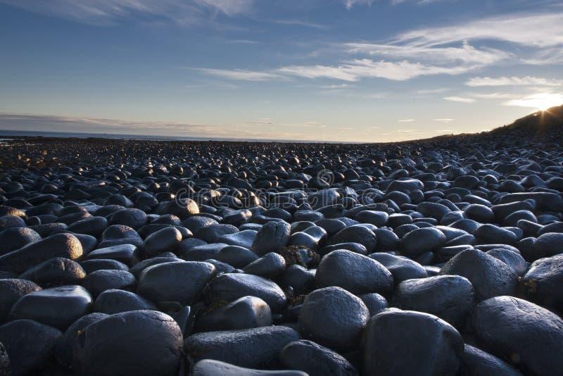 在海岸的岩石 库存照片