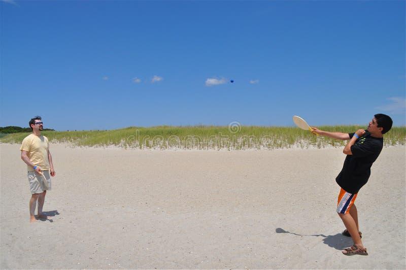在海滩的乐趣 库存照片