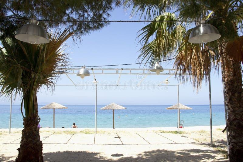 在海滩的咖啡馆 库存照片