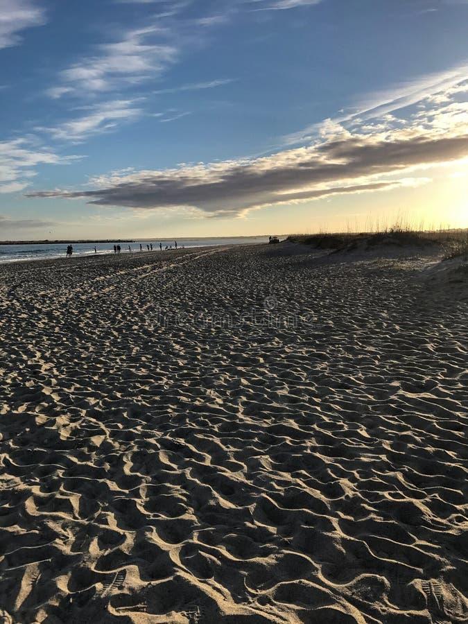 在海滩的微明 免版税图库摄影